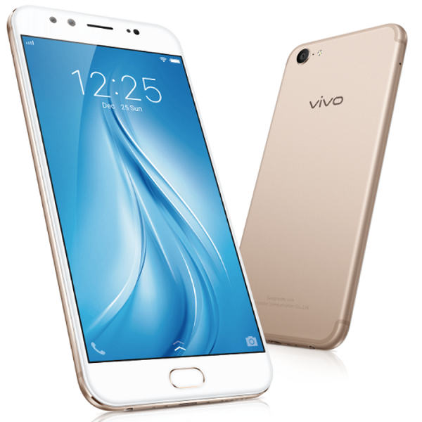 The Vivo V5Plus has arrived, but first, a selfie.